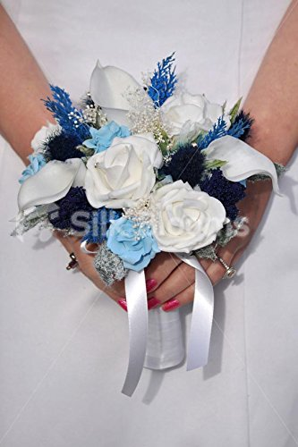 Scottish-Bridesmaid-Bouquet-w-Navy-Sea-Holly-Thistle-Ivory-Roses-and-Navy-Allium