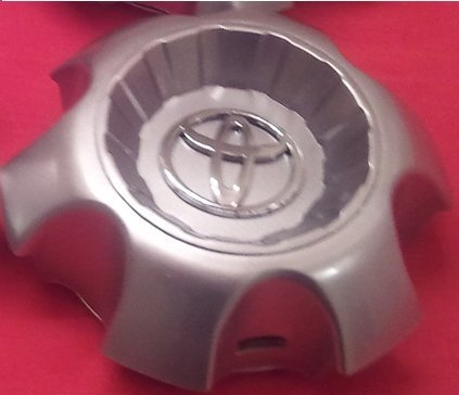 ONE NEW REPLACEMENT 2003-2009 Toyota 4Runner wheel center cap hubcap 69428