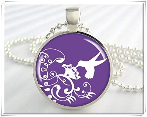 Hummingbird Necklace,Exquisite Jewelry, Dome Glass Jewelry, Handmade.