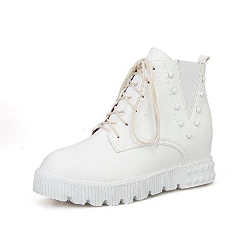AllhqFashion Damen Gemischte Farbe Mittler Absatz Rund Zehe PU Leder Schnüren Stiefel, Weiß, 33