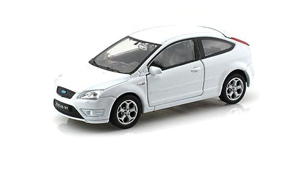 Amazon Com 1 32 Display Ford Focus St Diecast Car No Retail Box