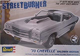 (Revell 1970 Chevy Chevelle Baldwin Motion 1/24 Scale Model Car Kit)