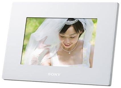 Amazon.com : SONY Digital Photo Frame D720 White DPF-D720/W ...