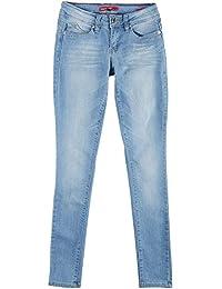 Juniors' Wannabettabutt Skinny Jean