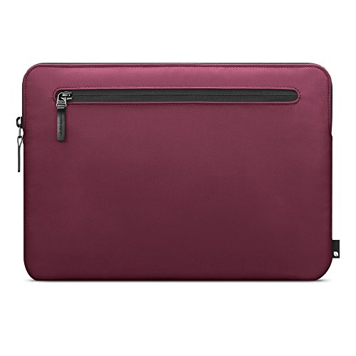 "Compact Sleeve in Flight Nylon for MacBook Pro 13""- Thunderb"