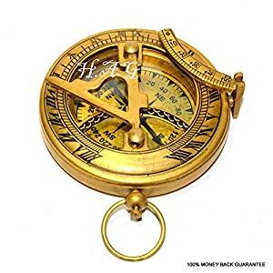 0e45dfe3c1b9 Latón brújula militar o barcos náutico reloj de bolsillo estilo reloj de sol  brújula para de trabajo latón Vintage brújula con acabado antiguo   Amazon.es  ...