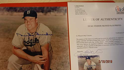 DUKE SNIDER Signed Dodgers 8x10 Photo -First Hand Authenticated