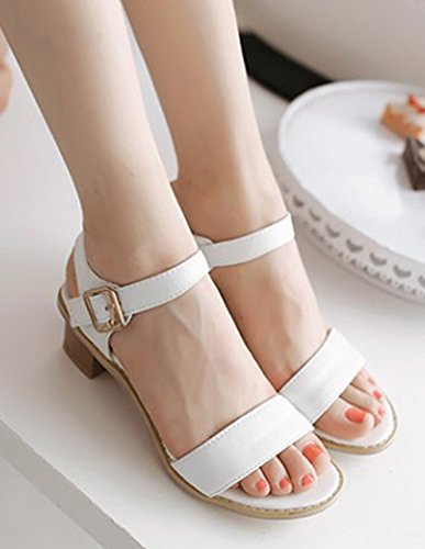 Aisun Women's Simple Buckle Round Toe Sandals Shoes White T7b7v