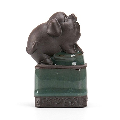 Zisha Tea Pet Pig of the Chinese Zodiac by YizenCulture, Traditional Handmade Chinese Tea Pet Made of Purple Clay to Complement Your Gongfu Tea Set, Kept by Tea Lovers for Prosperity and Good Luck