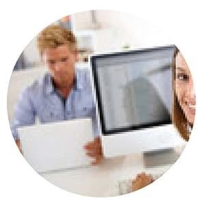 alfombrilla de ratón Retrato de sonriente empleado de oficina en frente del escritorio - ronda - 20cm