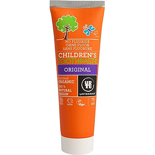 urtekram-organic-children-toothpaste-all-round-effectiveness-without-fluorine
