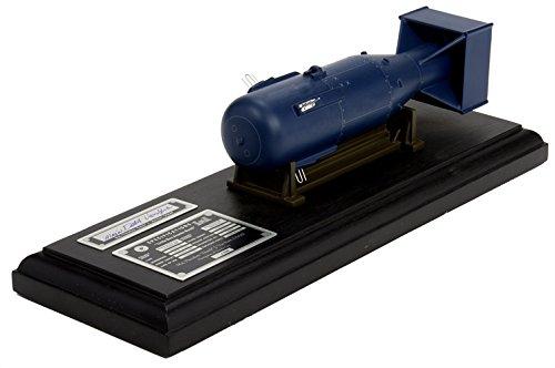 Executive Series Models Little Boy Atomic Bomb Model Kit (1/12 Scale) (Atomic Bomb Model compare prices)