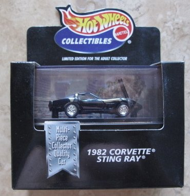 Hot Wheels 100% 1982 Corvette Sting Ray