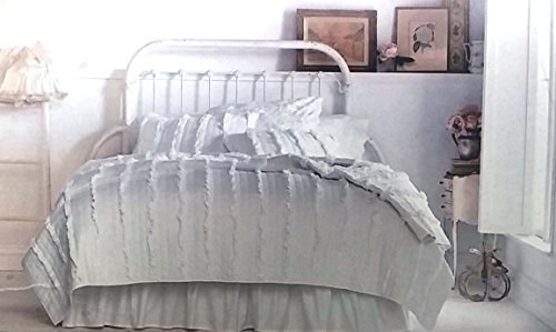 Simply Shabby Chic Ruffle Quilt - White (Full/Queen)