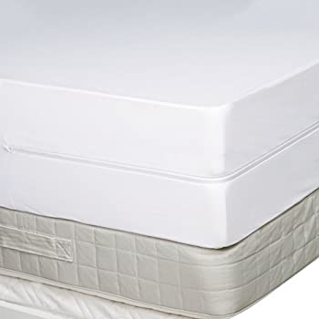Amazonbasics Fully-encased Waterproof Mattress Protector - Queen, Standard 12 To 18-inch Depth 1