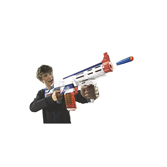 41cmQi5emfL El lanzador Retaliator permite hasta 4 configuraciones y dispara dardos Elite a una distancia de más de 27 metros La culata te ayudará a realizar un disparo firme, o bien puedes quitarla con un simple movimiento La extensión del cañón tiene raíles tácticos en la parte superior e inferior para poder fijar la mayoría de los accesorios N-Strike (se venden por separado)