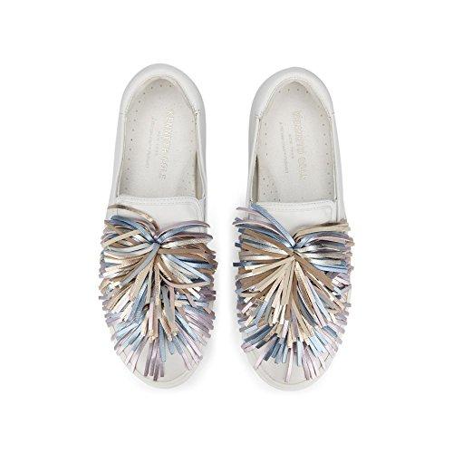 Kenneth Cole New York Dames Jayson Slip Op Platform Pom Sneaker Wit Mult