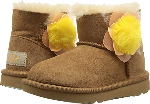 (UGG Girls' T Mini Bailey II Cactus Flower Fashion Boot Chestnut 9 M US Toddler)