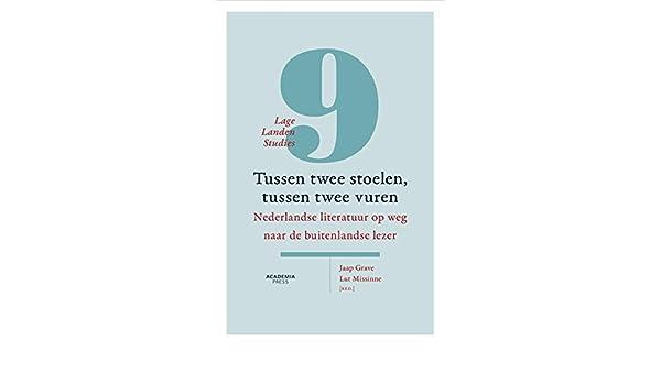 Lage Design Stoelen.Amazon Com Tussen Twee Stoelen Tussen Twee Vuren Nederlandse