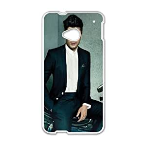 Zac Efron HTC One M7 Cell Phone Case White J9892534
