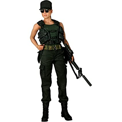 Terminator 2 Judgement Day Hot Toys Movie Masterpiece 1/6 Scale Collectible Figure Sarah Connor  sc 1 st  Amazon.com & Amazon.com: Terminator 2 Judgement Day Hot Toys Movie Masterpiece 1 ...