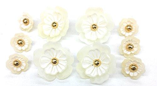 (White Pearl 3D Flower Button Set with Gold Pearl Center Fashion faux porcelain Buttons Design Sets 10pc.)