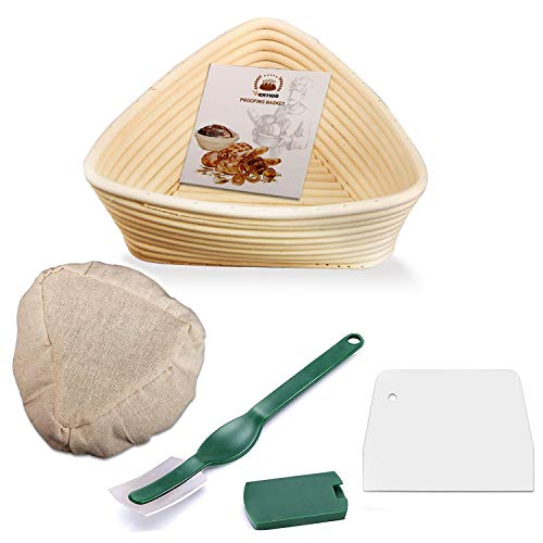 (8.6 Inch Banneton Proofing Basket,WERTIOO Triangle Bread Proofing Basket + Bread Lame +Dough Scraper + Linen Liner Cloth for Professional & Home Bakers )