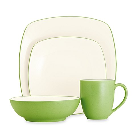 (Noritake Colorwave Square Simple Chic Dinnerware Dishwasher Microwave Safe Imported Stoneware 4-Piece Place Setting, Green Apple)