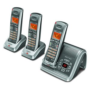 (Uniden DECT2080-3 DECT 6.0 Cordless Digital Answering System with Caller ID and 2 Extra Handsets and Charging)
