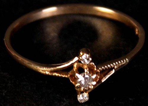 Triple Diamond Gold Ring - 18 K Gold