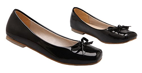 AllhqFashion Womens Patent Leather Solid Closed-Toe Low-Heels Pumps-Shoes Black VBWN3HV
