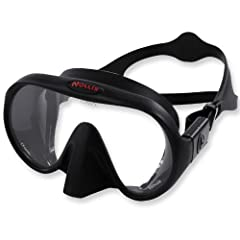 Visibility is the most important aspect of any dive. The M1 mask raises the bar for optical quality and distortion free vision. This lens is an extra clear glass which is valued for its attractive appearance and optical qualities. The low iro...