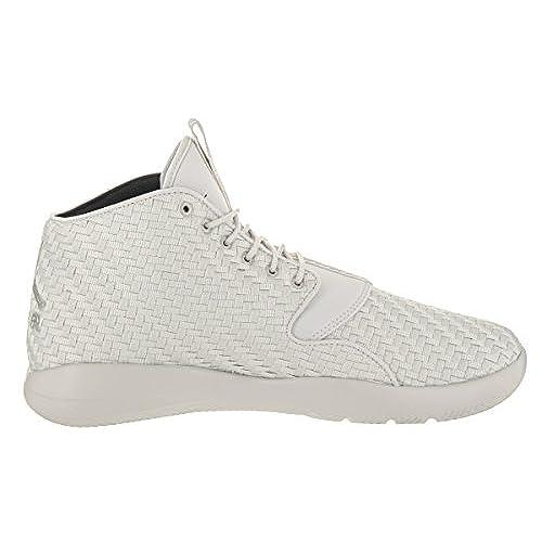 official photos 3c72b b92a1 Nike Jordan Men s Jordan Eclipse Chukka Light Bone Golden Beige Black  Basketball Shoe 12