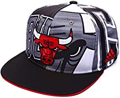 adidas AK6377 Chicago Bulls Snapback (White/Black/Red - One Size Fits All)
