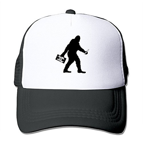 (SASQUATCH BIGFOOT WITH BEER Mesh Adjustable Sports Summer Baseball Hats)