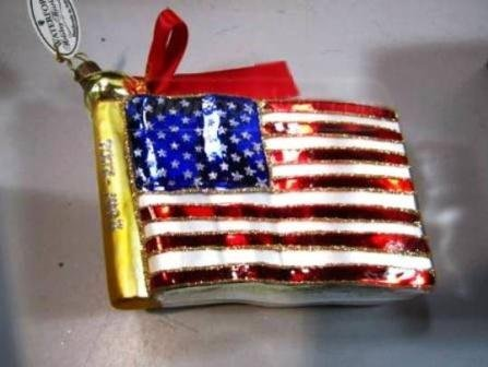 (Waterford Holiday Heirlooms Ornament - American Flag 2001-2002)