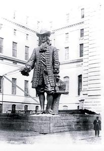 Hall City Philadelphia Statue (Paper poster printed on 20 x 30 stock. Statue of William Penn in Courtyard of City Hall, Philadelphia, PA)