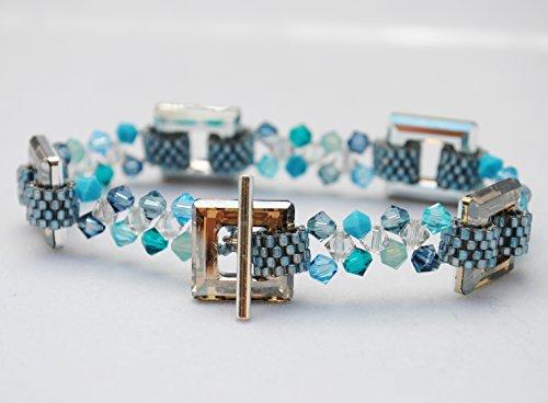 Bracelet. Beaded bracelet. Swarovski crystal bracelet. Blue jewelry. Unique bracelet. Swarovski square crystals.