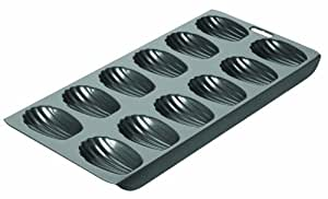 Chicago Metallic 26631 12-Cup Nonstick Madeleine Pan