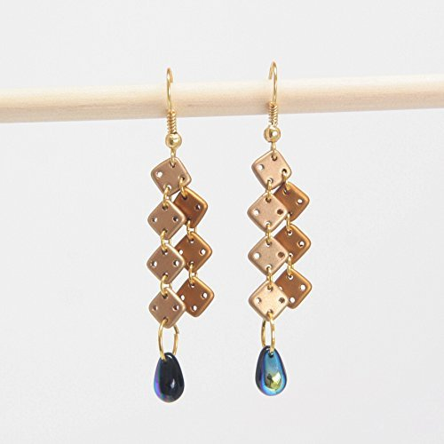 square-tear-drop-earring-gold-cream-square-glass-beads-jet-blue-2-tone-tear-drop-beads-175-inch