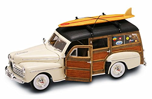 1948 Ford Woody with Surfboard, Cream - Road Signature 20028 - 1/18 Scale Diecast Model Toy (Signature Diecast Cars)