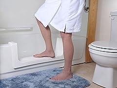 CleanCut Step Bathtub