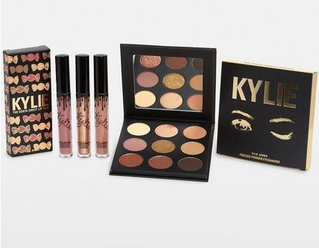 Kylie Cosmetics The Sorta Sweet Bundle シャドウパレットとリップのセット B07F3W6K1P