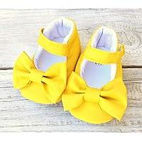 Zapato para bebé amarillo