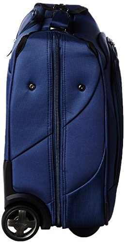Travelpro Maxlite 4 Carry-on Garment Bag, Blue by Travelpro (Image #2)