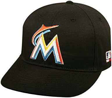 cheap prices fresh styles outlet on sale Amazon.com : 2013 Adult FLAT BRIM Miami Marlins Home Black Hat Cap ...