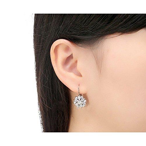 Boucles d'oreilles plaqué or blanc Fleur oxyde de zirconium