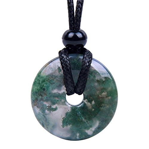 (BestAmulets Amulet Lucky Coin Shaped Donut Green Moss Agate Charm Good Luck and Protection Powers Pendant)