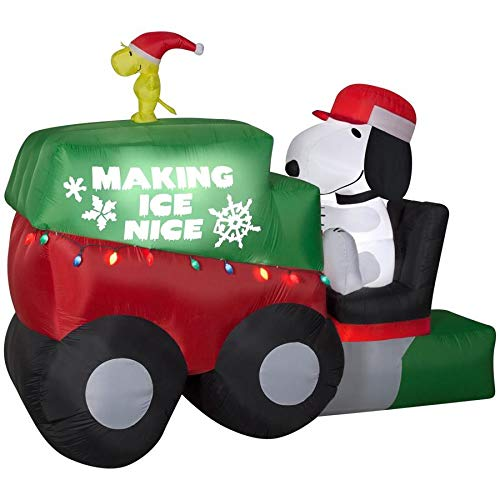 Gemmy 9.5 Ft Christmas Snoopy On Zamboni Macine with Woodstock Indoor/Outdoor -
