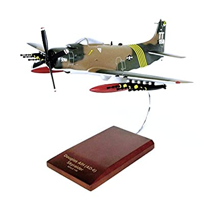 Mastercraft Collection A-1H Skyraider USAF Plane Airplane Jet Model Scale:1/50